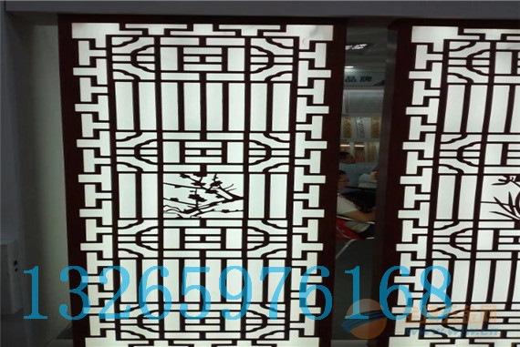 天花板 >中式门窗花格厂家,中式花格屏风,仿古花格 更多 铝合金窗花