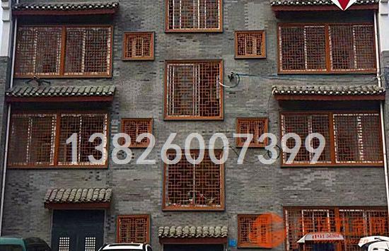 别墅外墙装饰木纹铝方管焊接铝窗花哪家定制