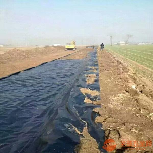 广西垃圾填埋场土工膜铺设方法