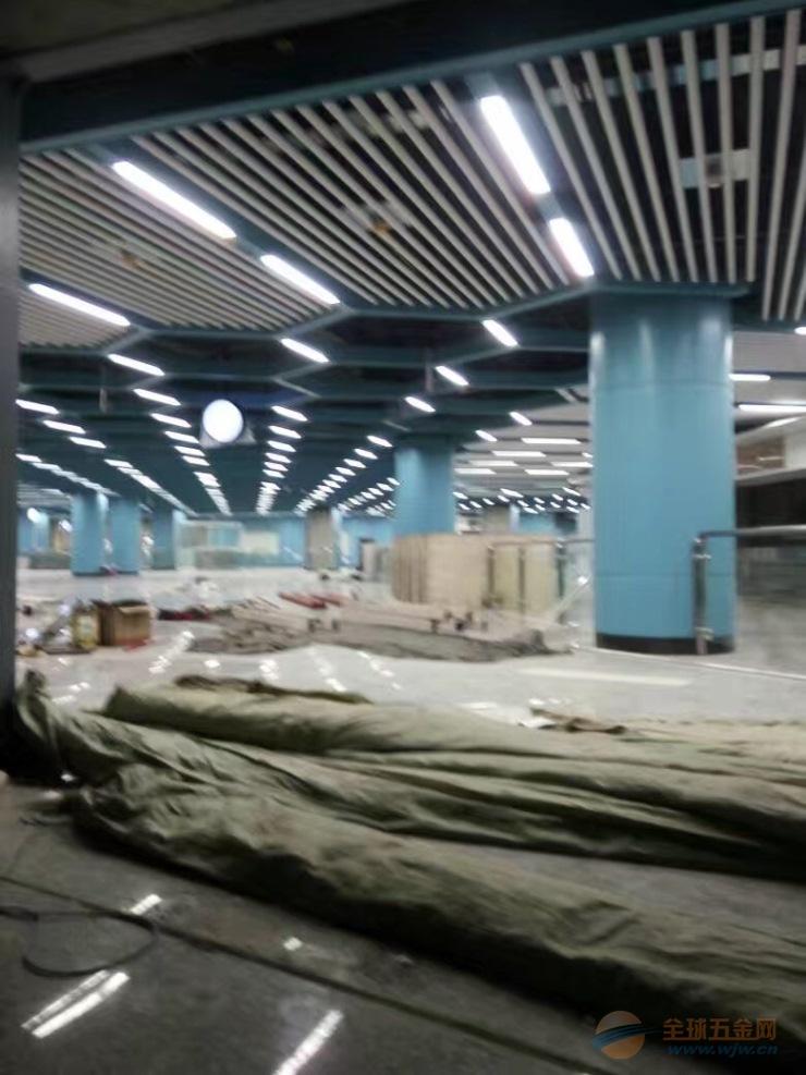 地铁站铝圆管-铝方通天花-墙面铝单板