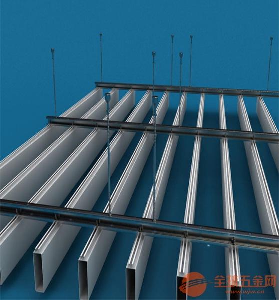 铝方通生产厂家-高铁站-木纹铝方通-铝方通厂家-一米铝方通吊顶价格