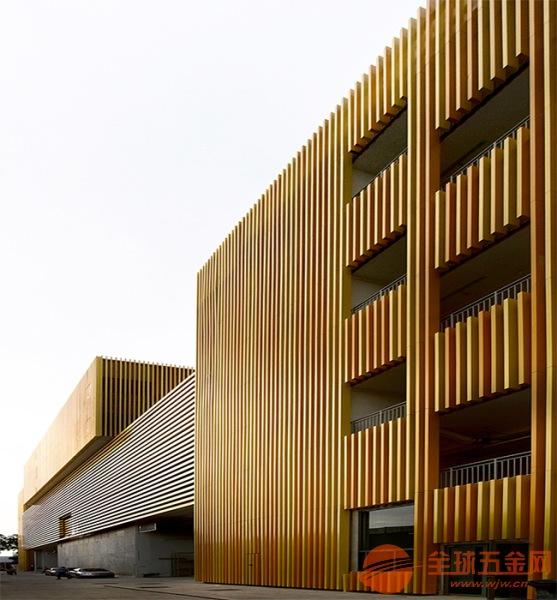 铝方通生产厂家-地铁站-木纹铝方通-铝方通规格-铝方通多少钱一米