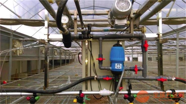 自动往返全自动遥控温室大棚育苗喷灌机;温室喷灌机水车