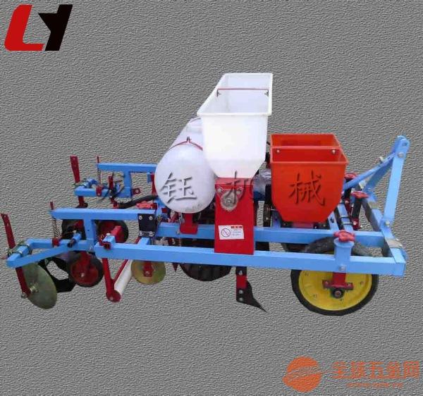 拖拉机带玉米地膜覆盖机械 高效盖膜机图