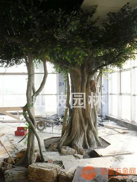 河南水泥仿真树装饰-江苏假树装饰