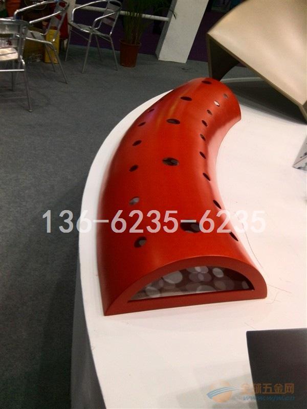 廊坊红色镂空圆孔铝单板加工工艺规格