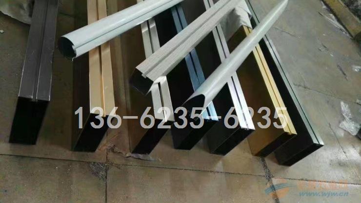 铝方管格栅-凹槽扁管格栅效果图