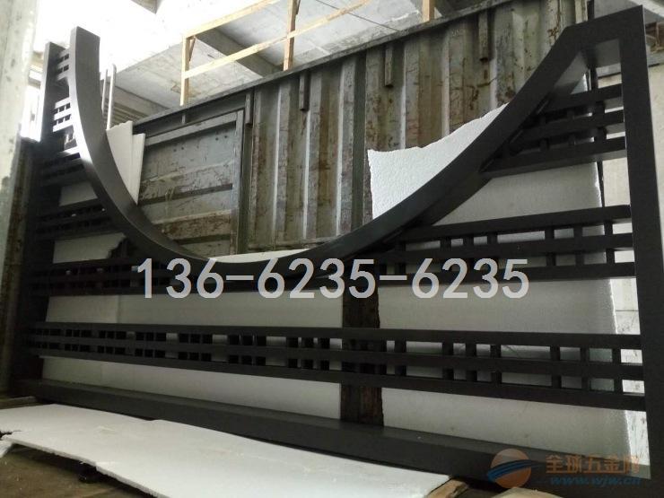 苏州市文化园林艺术铝方管格子-月亮门头铝窗花低价生产