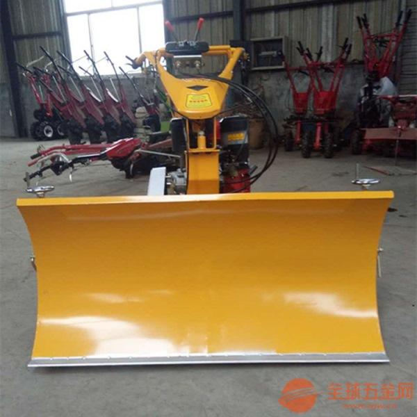 多功能小型自走式扫雪机 动力强劲路面积雪清理机 汽油铲雪机