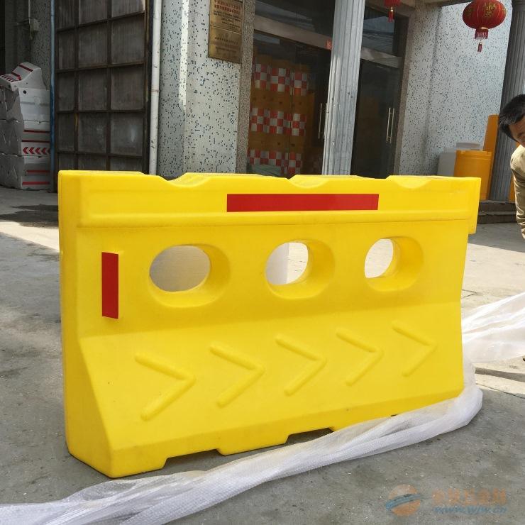 贵州滚塑水马厂家、贵州滚塑水马直销
