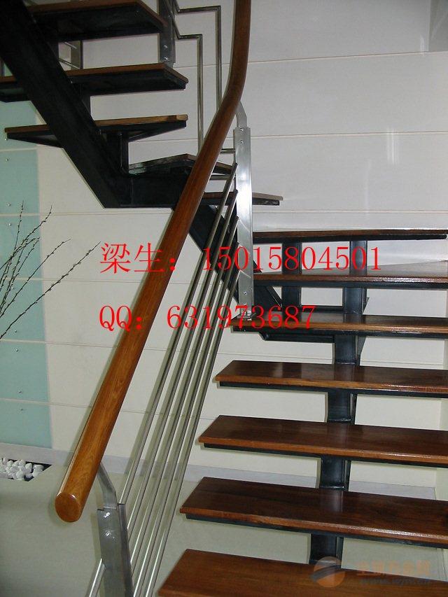 定制双梁旋转楼梯 室内楼梯 不锈钢楼梯踏步