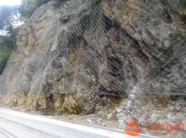 同江双边丝护栏网现货图片