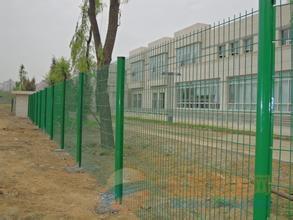新疆双边丝护栏网@新疆双边丝护栏网价格@双边丝护栏网批发价格