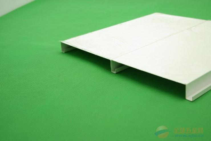 写字楼勾搭式铝蜂窝板系列