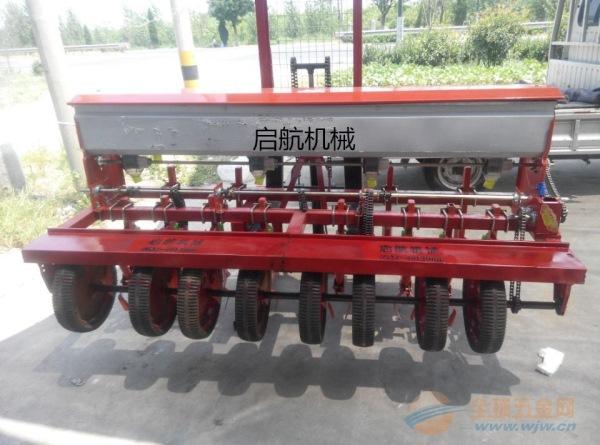 凌源市 谷子高粱汽油精播机手扶车带动玉米播种机