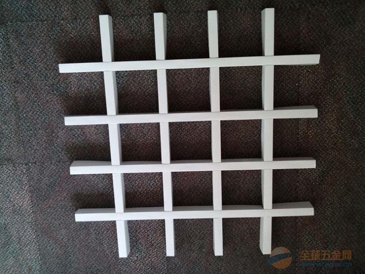 专业生产铝格栅吊顶