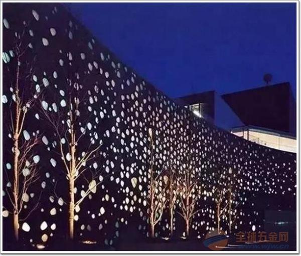 德普龙建材,雕花铝单板的特色,幕墙铝单板特点