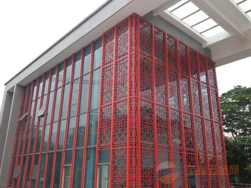 红色格子窗花