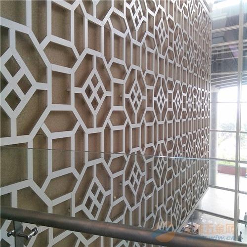 供应烤漆喷涂铝窗花_厂家专业定制铝挂落、铝花格
