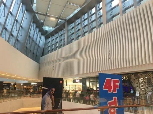 德普龙-室内墙身造型铝方通_商场弧形铝方通装饰