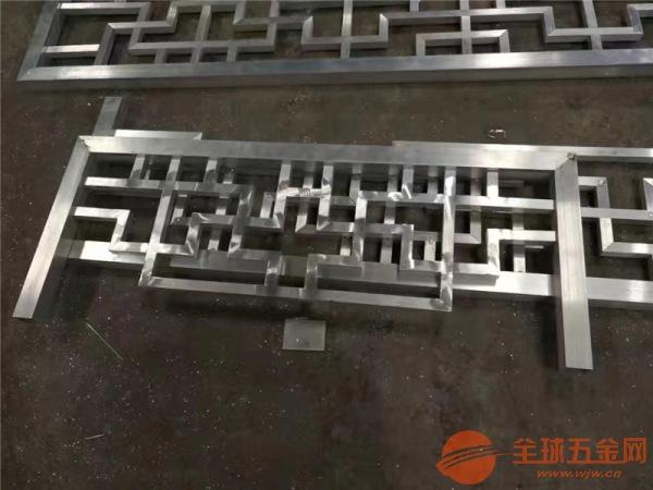 供应铝方管焊接铝护栏_景点走廊木纹铝扶手_铝花格