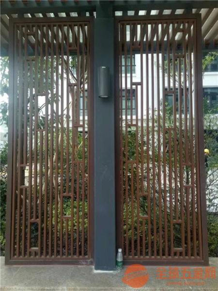 直销铝合金方管焊接铝屏风 仿木色铝窗花 质量第一