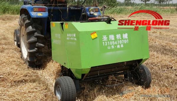 专业生产田间捡拾打捆机苞米秸秆打包机操作视频