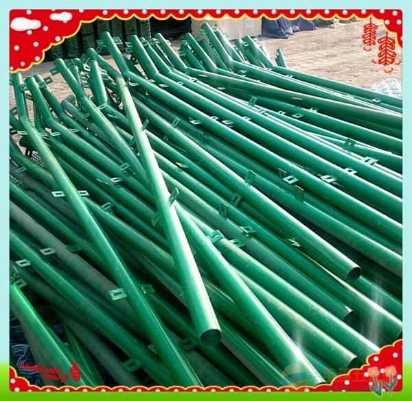 上海浸塑双边丝护栏网厂家
