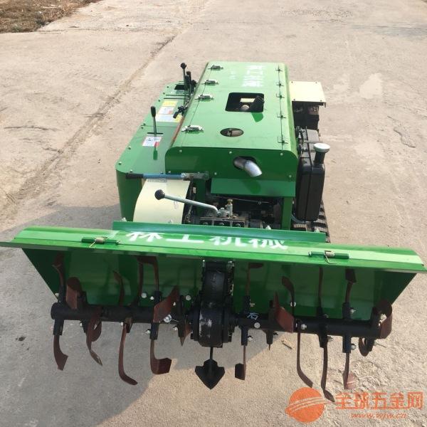 高台28马力遥控式开沟施肥机视频