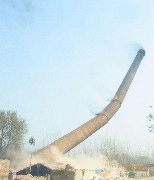 阿拉尔30米砼烟囱拆除公司免费咨询报价