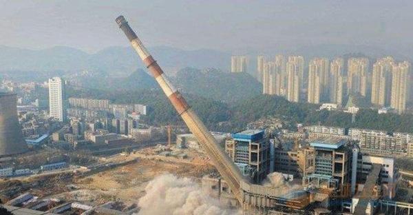 张家界50米砼烟囱拆除公司免费咨询报价