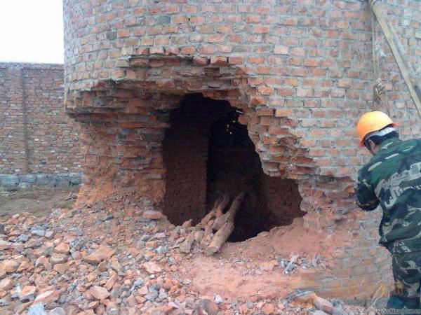 安宁50米砼烟囱拆除公司厂家直供