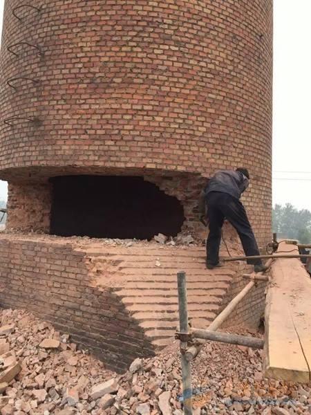 嵩明县50米砼烟囱拆除公司厂家直供