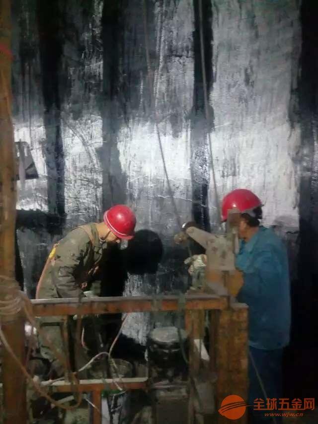 吐鲁番地区安装烟囱平台施工公司√烟囱维修公司欢迎您