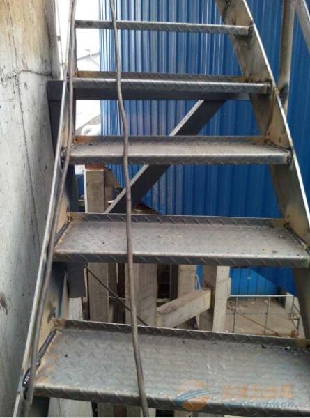 恒山区50米烟囱美化服务公司全国施工价格划算