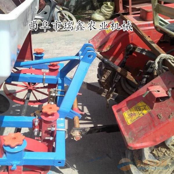 靖安县自走式小型水稻收割机
