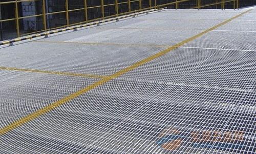 广西3mm厚花纹钢格栅板