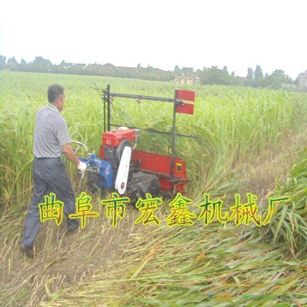 新型的牧草收割机
