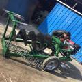 农用新型拖拉机挖坑机 自走式园林植树钻眼机 刨冰挖穴机