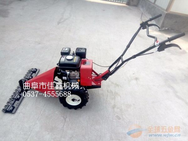 辉南县 多功能汽油草坪修剪机 火爆热销自走式公园绿化除草机