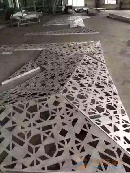 圆形中式实木雕花格栅