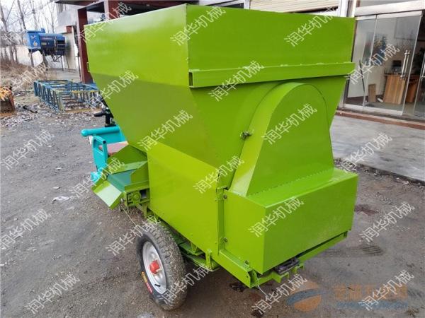 大同青饲料抛洒车 来厂订货撒料车