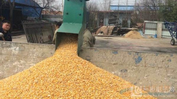 南充粮食装车吸粮机 粮食装车机图片
