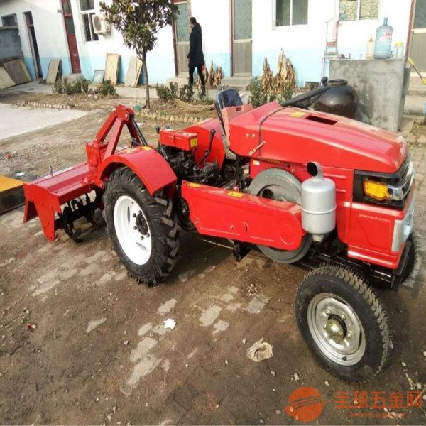 农用补贴型四驱拖拉机 农用耕地机械大棚果园拖拉机配开