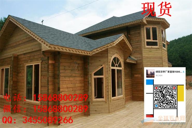 结构的构造防腐措施:如设置隔温顶棚的木屋盖,必须将顶棚吊在木屋架