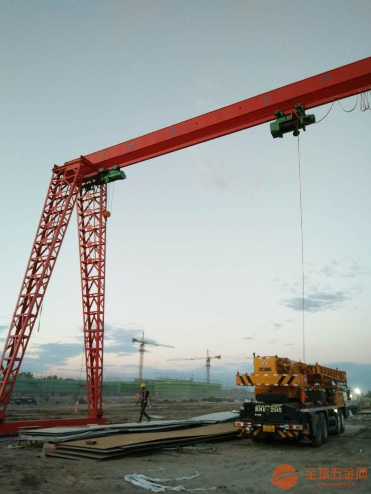 富顺县冶金铸造起重机安装案例