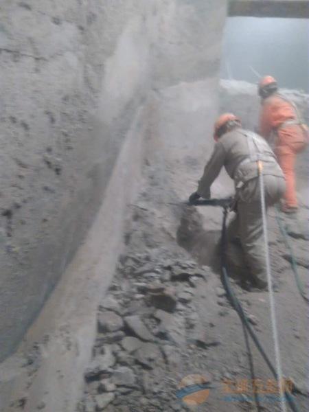 乌鲁木齐电厂烟囱拆除公司施工专业