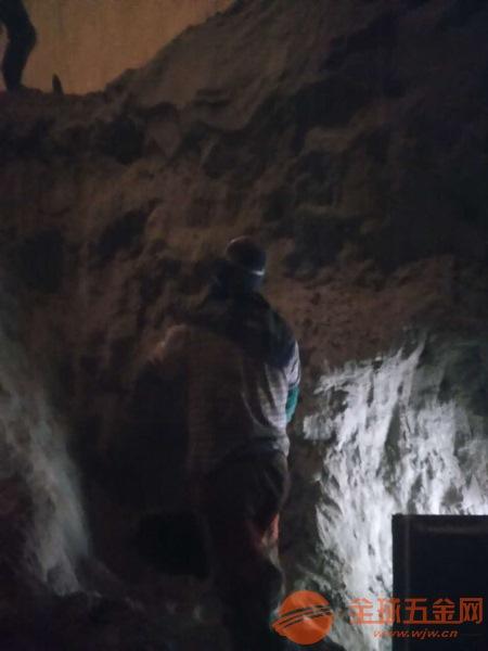 威海专业水泥库清理公司注重安全