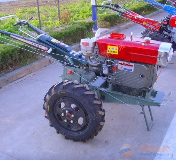 农用机械拖拉机 旱田旋耕打田机