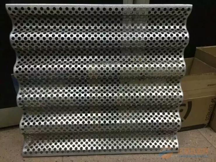 广京欧佰设计拉网铝单板装饰